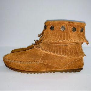 Minnetonka Zip Fringe Ankle Moccasins Boots Sz 8
